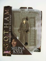 Gotham TV Series Selina Kyle Action Figure Diamond Select - $27.83