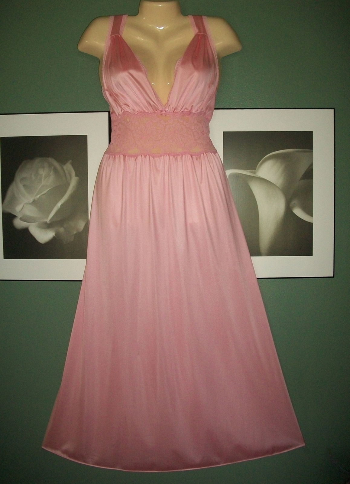 VTG VANITY FAIR Stretch Lace & Nylon SWEEPING Nightgown & Robe