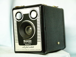 Kodak Brownie Six 20 Model D Art Deco - Vintage Box Camera - Nice - - $12.00