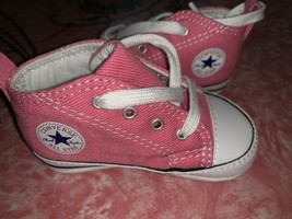 Converse All Star ~ Infant Baby Kids Pink Crib Shoes Girl's  EUC ~ 3 - $15.14