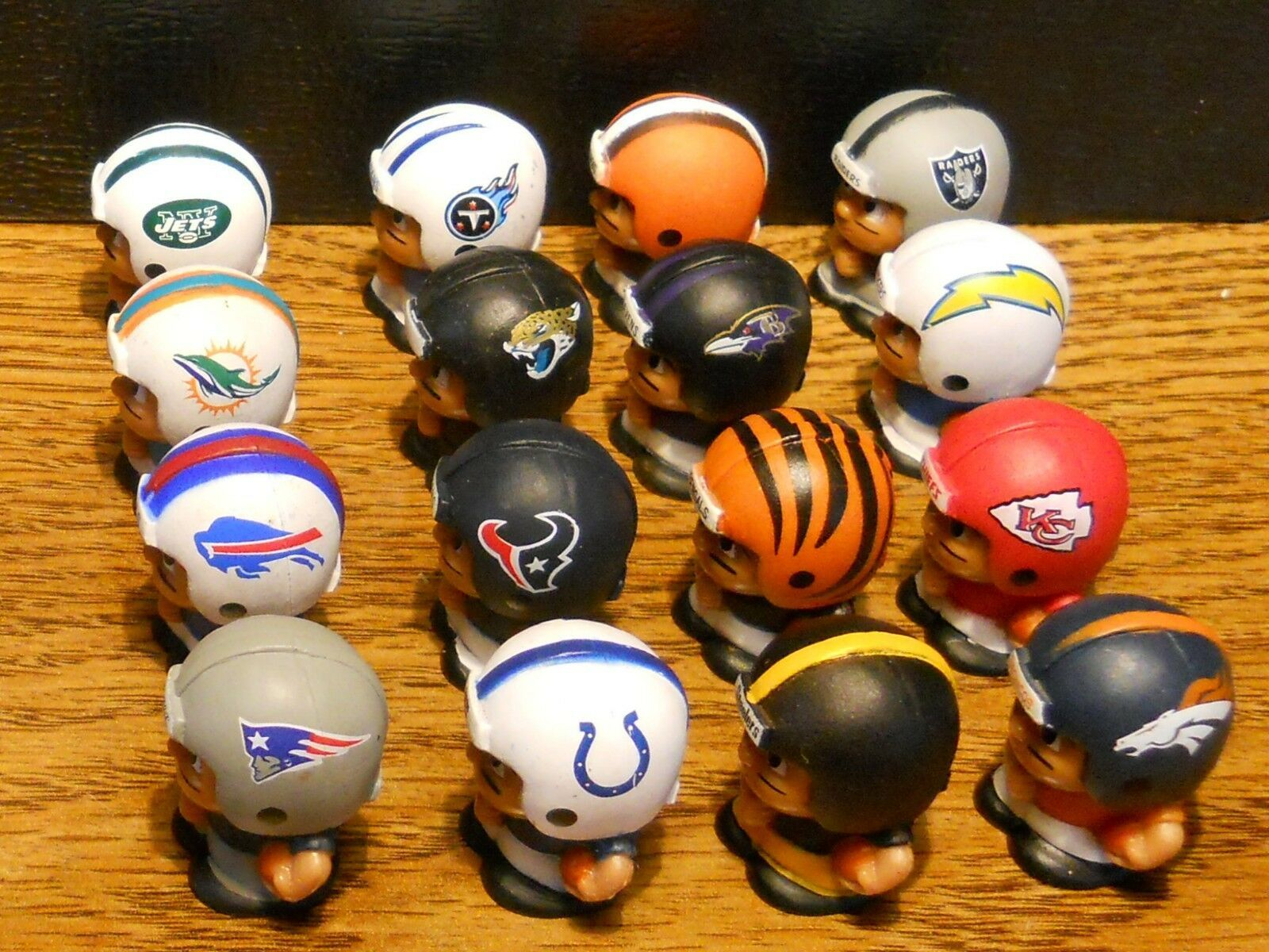 2013 NFL FOOTBALL TEENYMATES FIGURES SERIES 2 -  PICK YOUR FOOTBALL TEAM FIGURE image 2