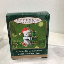 2001 Gearing Up Robot  Mini Hallmark Christmas Tree Ornament MIB PriceTag H7 - $9.41