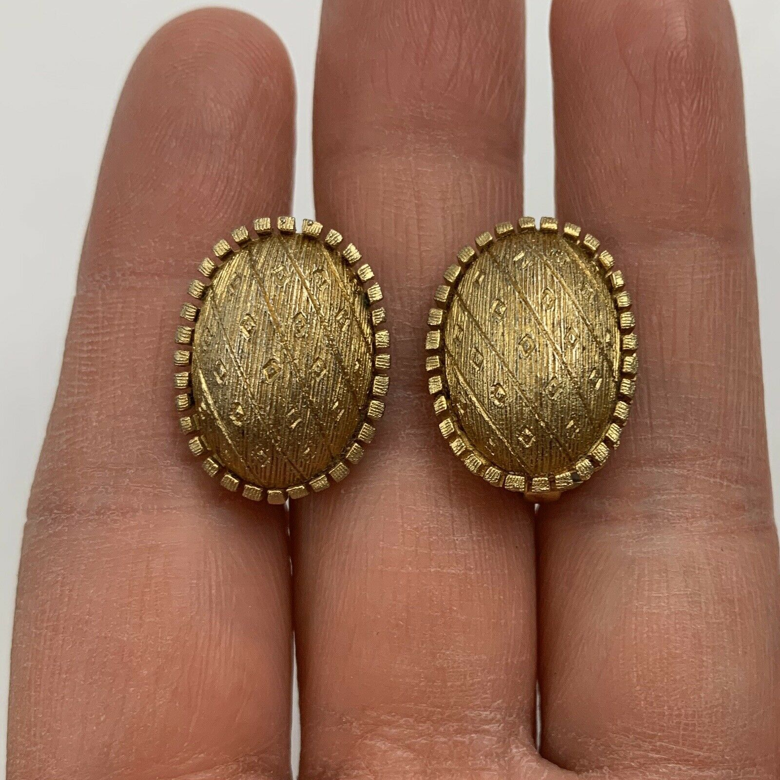 Primary image for Vintage Brushed Gold Tone Oval Clip On Earrings Textured Unsigned