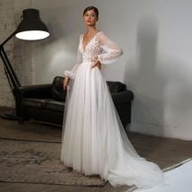 New Bohemian Style V-Neck Appliques Vintage Puff Sleeves Beach Wedding Gown image 1