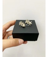 Auth Chanel 2019 CC Logo Crystal Star Pearl Clip On Earrings Gold - $599.99