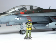 US Navy Yellow Deck crew 1:72 Pro Built Model #3 - $14.83