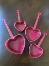 HEART MEASURING CUPS- SET OF 4 RED - £19.23 GBP