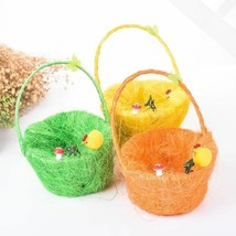 Straw Material Handicraft Egg Basket With Chicken Design Easter Theme Ki... - $16.99