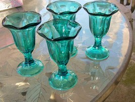 Set of 4 Vintage Anchor Hocking Teal Blue Footed fountanware Sherbets - $18.52