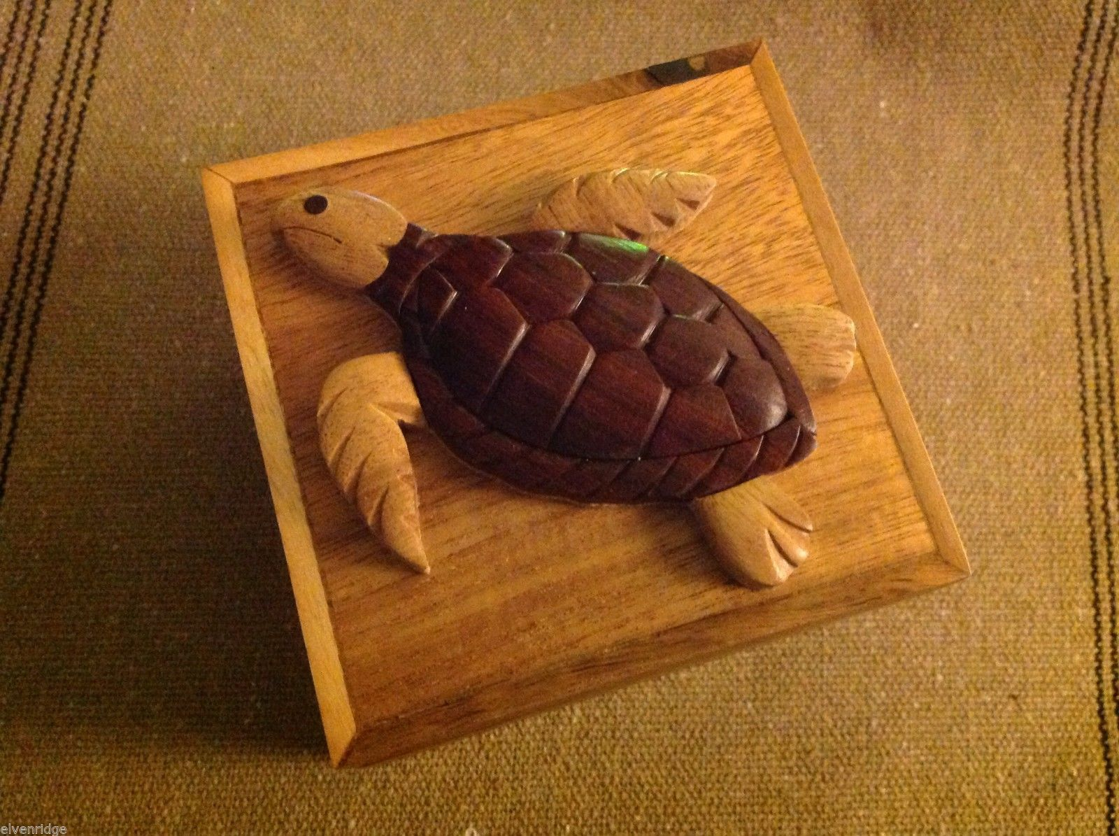 Wood Intarsia trinket box NEW with wood sea turtle on top