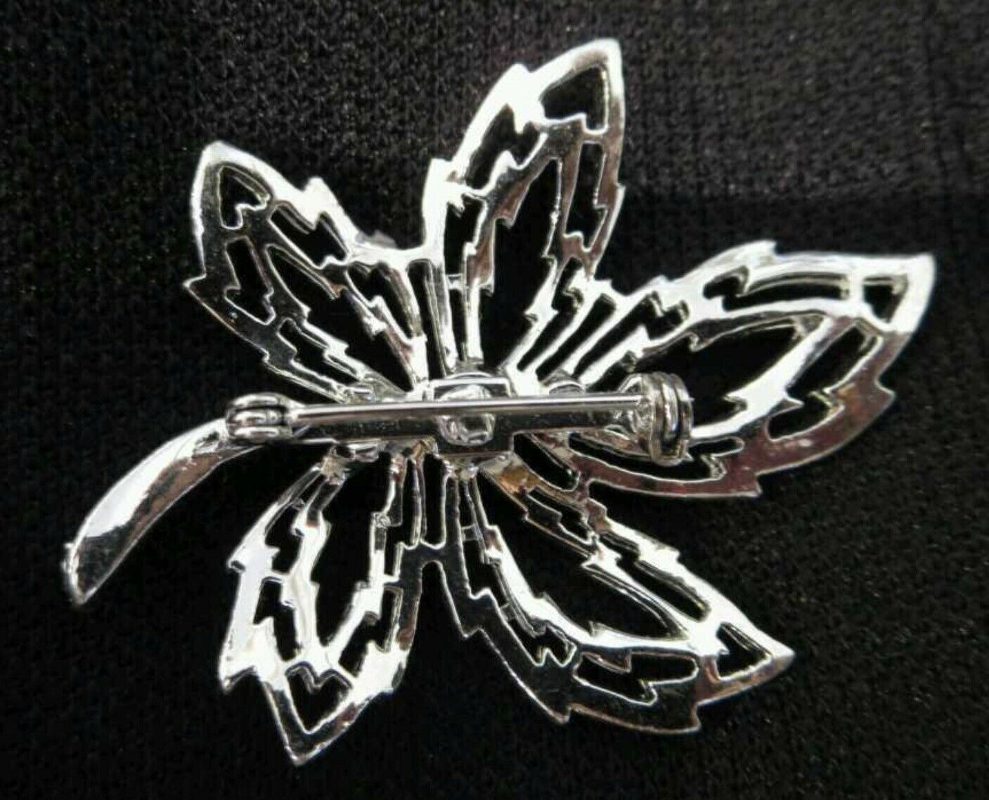 Vintage Silver Toned Brooch Pin Costume Jewelry Leaf Large Maple