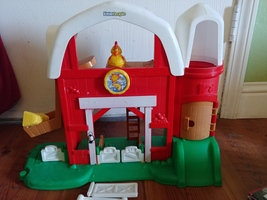 Fisher-Price Little People Fun Sounds Farm- no accessories  - $20.00