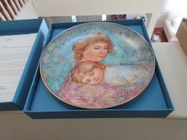"""Edna Hibel , Mother's Day 1984 , Abby and Lisa  , Knowles China , 8 1/2 """" - $19.91"""