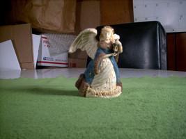 Vtg Ceramic/Porcelain Winter's Light Christmas Nativity Angel AA-073 Mad... - $20.00