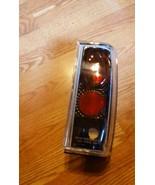 95-04 CHEVY BLAZER S10 SK3710 SONAR RIGHT SIDE ALTEZZA TAIL LIGHT NEW - $32.66