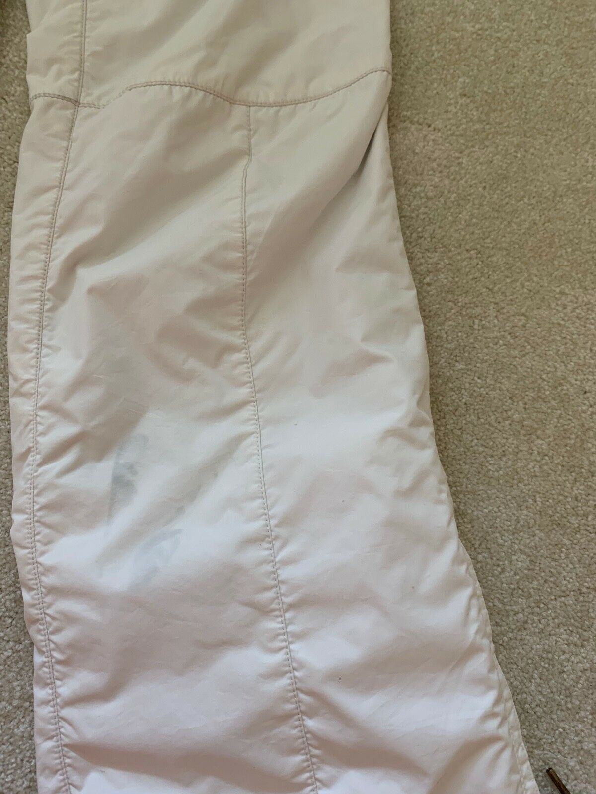 JSX. JET SET St. Moritz White with Red Star Ski Pants, Sz.1 Purchased in Gorsuch image 3
