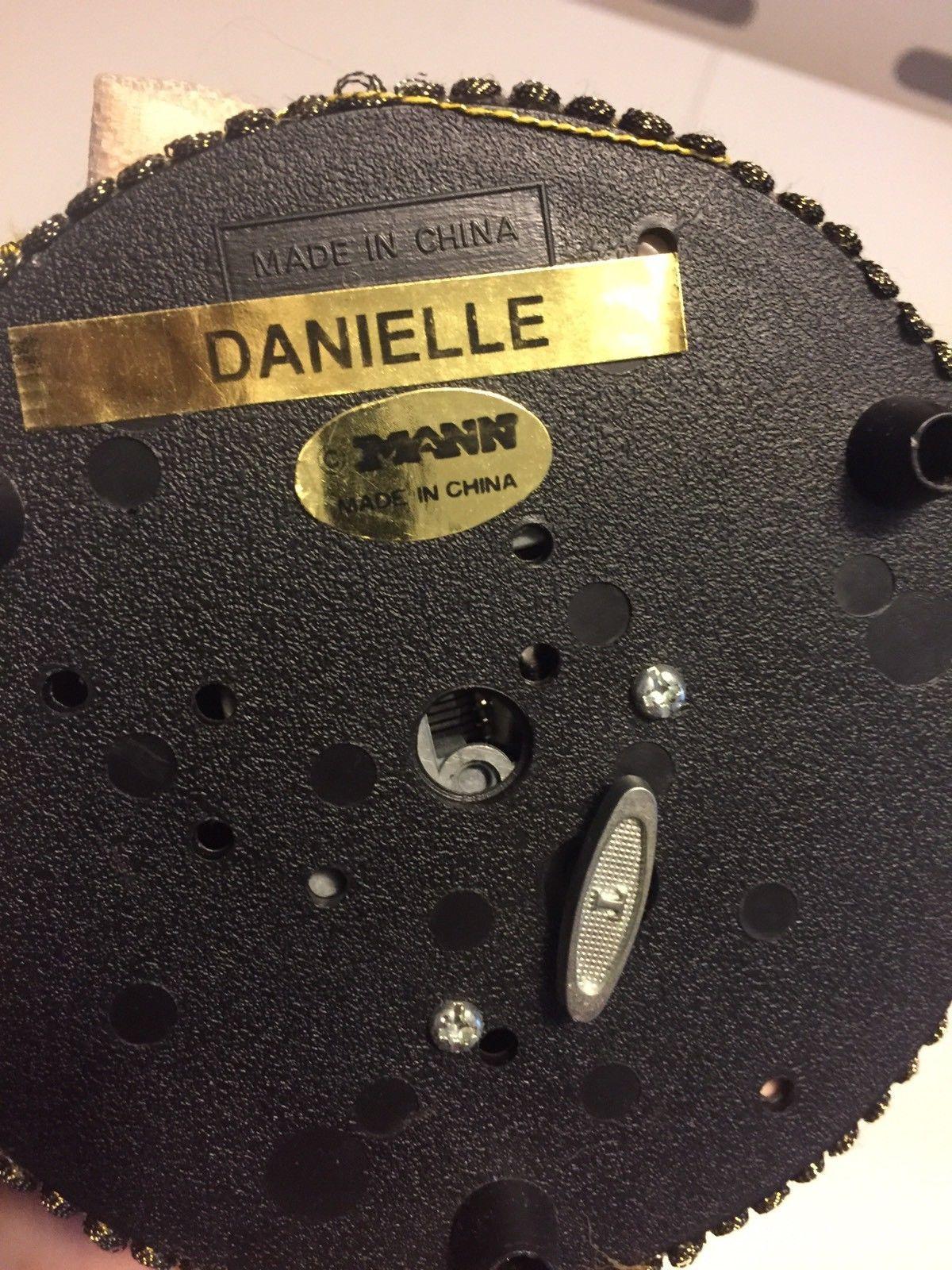 """SEYMOUR MANN Doll """"DANIELLE """" Connoisseur Collection  Music Box"""