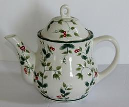 Pfaltzgraff Winterberry Sculpted Teapot - $18.50