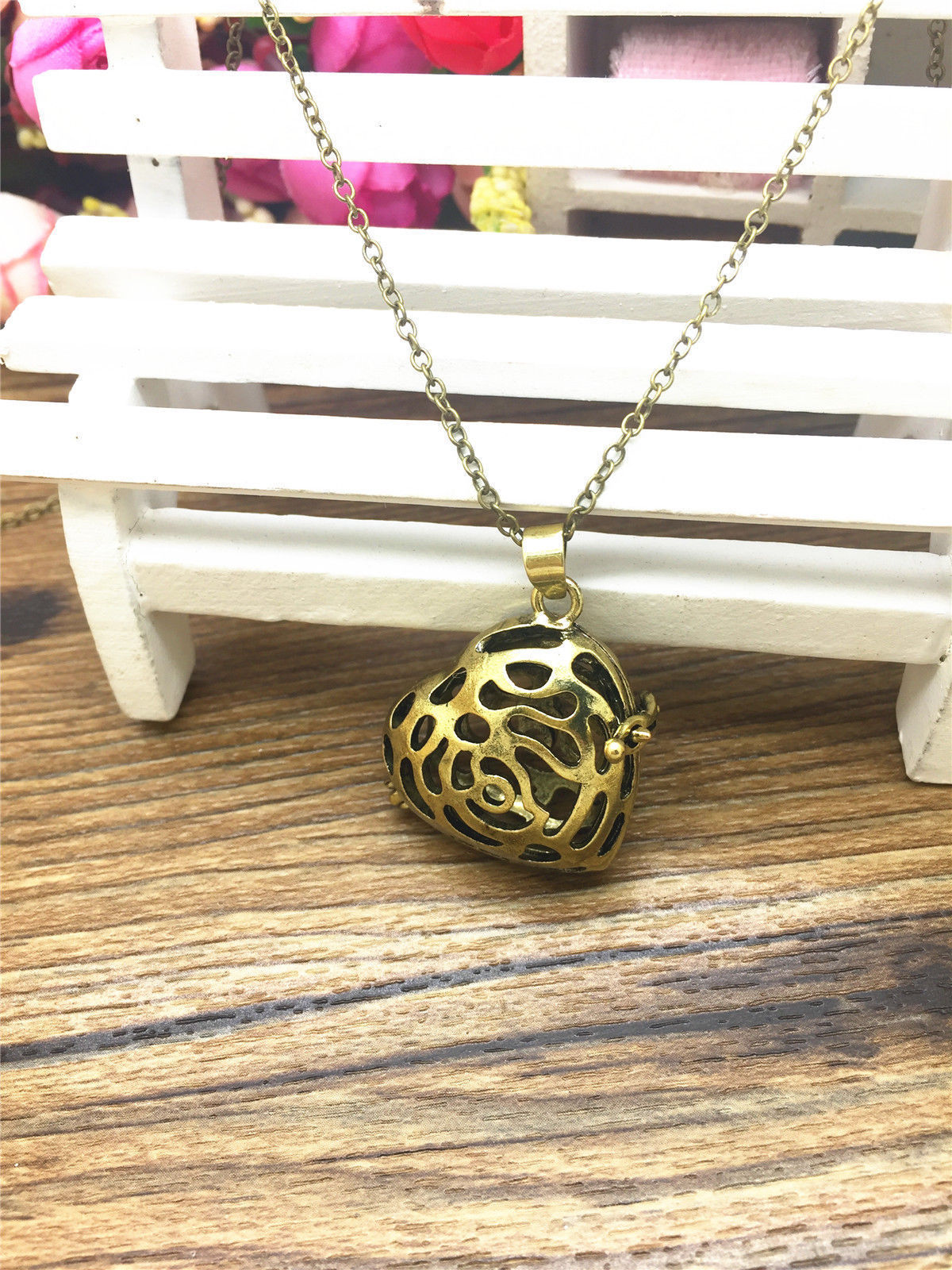 Primary image for A HEART AROMA DIFFUSER LOCKET NECKLACE   >> COMBINED SHIPPING <<   (