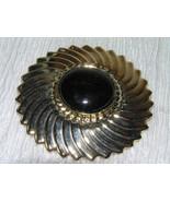 Vintage Ridged Swirl GOldtone w Black Plastic Cab Abstract Flower Scarf ... - $7.69