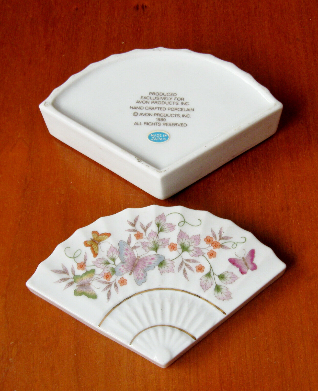 Primary image for Vintage Porcelain White Trinket Box Exclusively Avon Butterfly Floral Made Japan