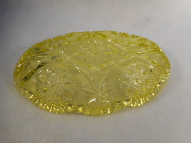 Vintage Yellow Press Cut Patterned Vaseline Glass Relish Dish