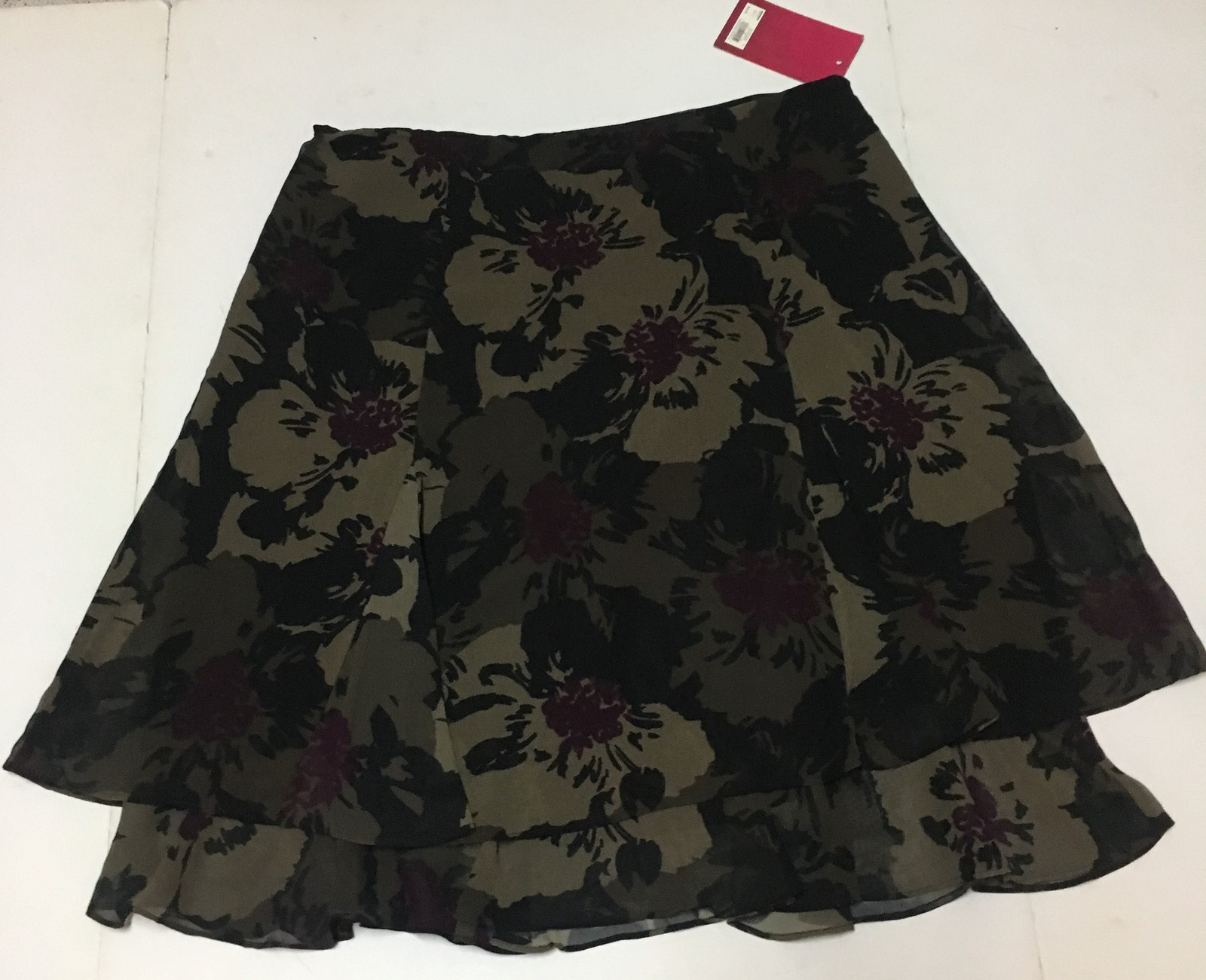 212 Collection Floral Layered Skirt SZ 14 Multi-Color