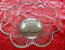 "Vintage Italy - Raimond Silverplate Fruit/Bread Wire Basket Bowl 10"" x 3.5"" - $18.69"
