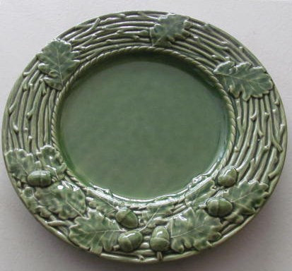 Bordella Pinheiro Green Collectible Oak Leaf Pattern Large Dinner Plate  Made in