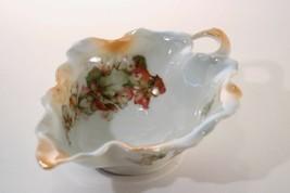 Vintage Lusterware Ruffled Leaf Boat w/Pretty Floral Transfer Nappy Styl... - $6.00