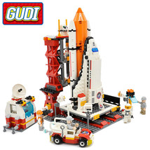 GUDI City Spaceport Space Shuttle Blocks 679pcs Bricks Building Block Se... - $45.90