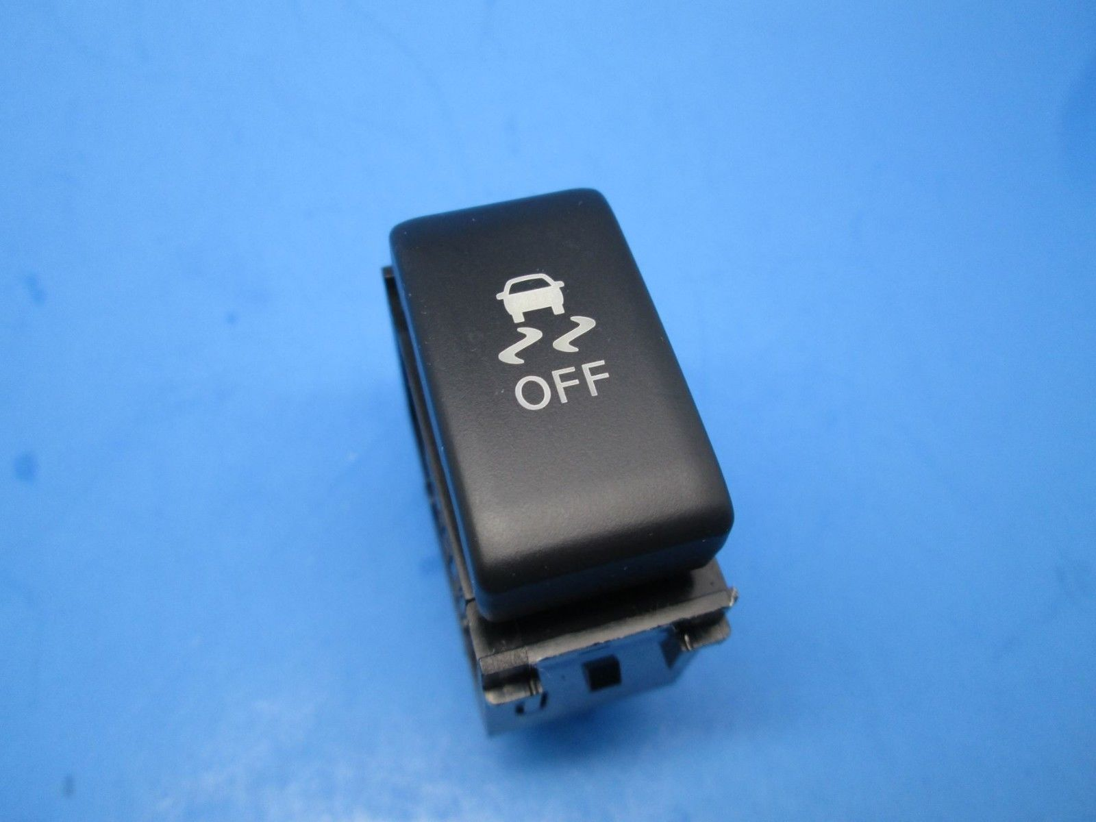 Primary image for Nissan MANY CARS 09-18 traction control stability Vehicle Dynamic Control OEM
