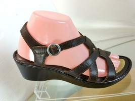 BORN Sandals Women's Size 8 US Brown Leather  - $24.74