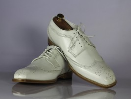 Handmade Men's White Heart Medallion Wing Tip Lace Up Dress/Formal Leather Shoes image 1