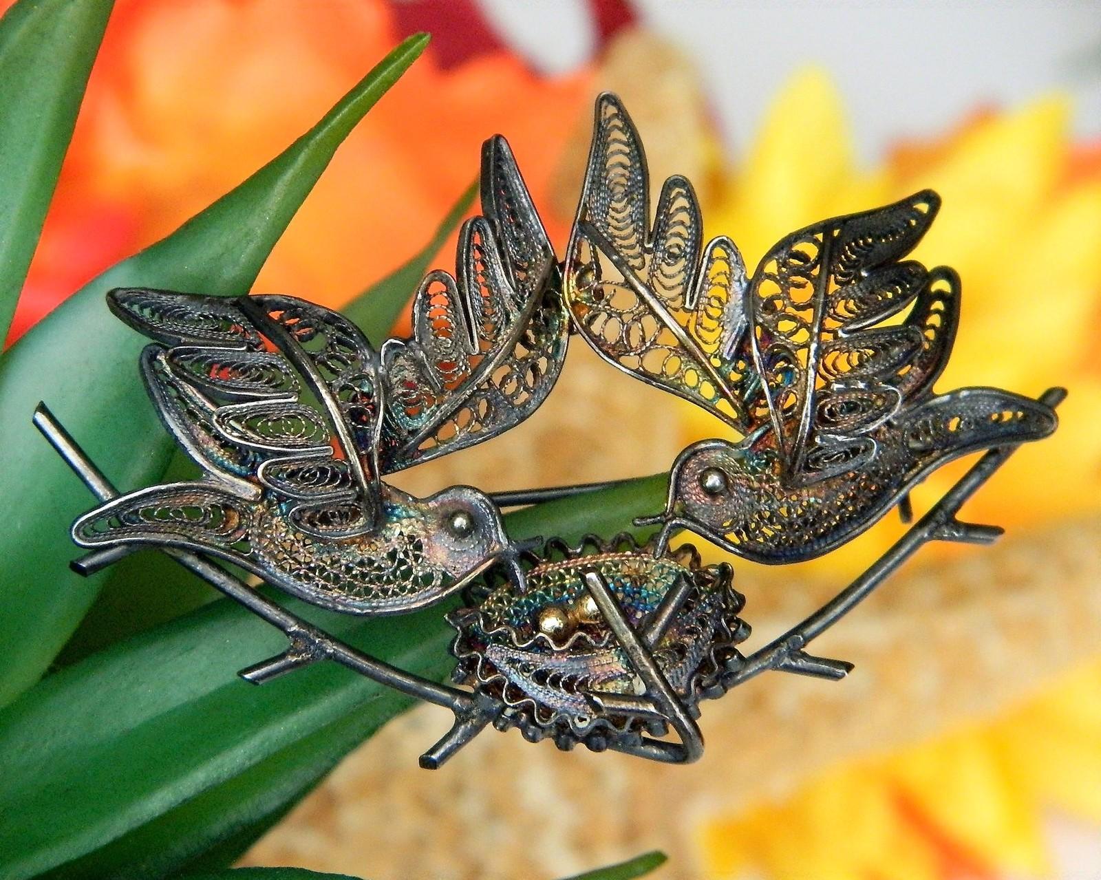 Vintage Filigree Duet Two Birds Flying Nest Eggs 800 Silver Brooch Pin