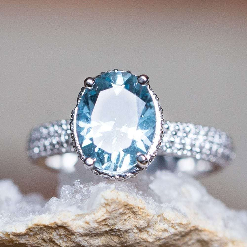 2Ct Oval Cut Aquamarine Diamond Solitaire Engagement Ring