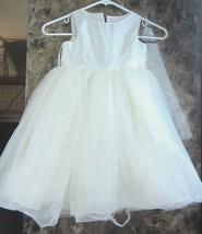 Davids Bridal Girls 4T Flower Girl Dress Satin Tulle Faux pearl buttons ... - $19.64