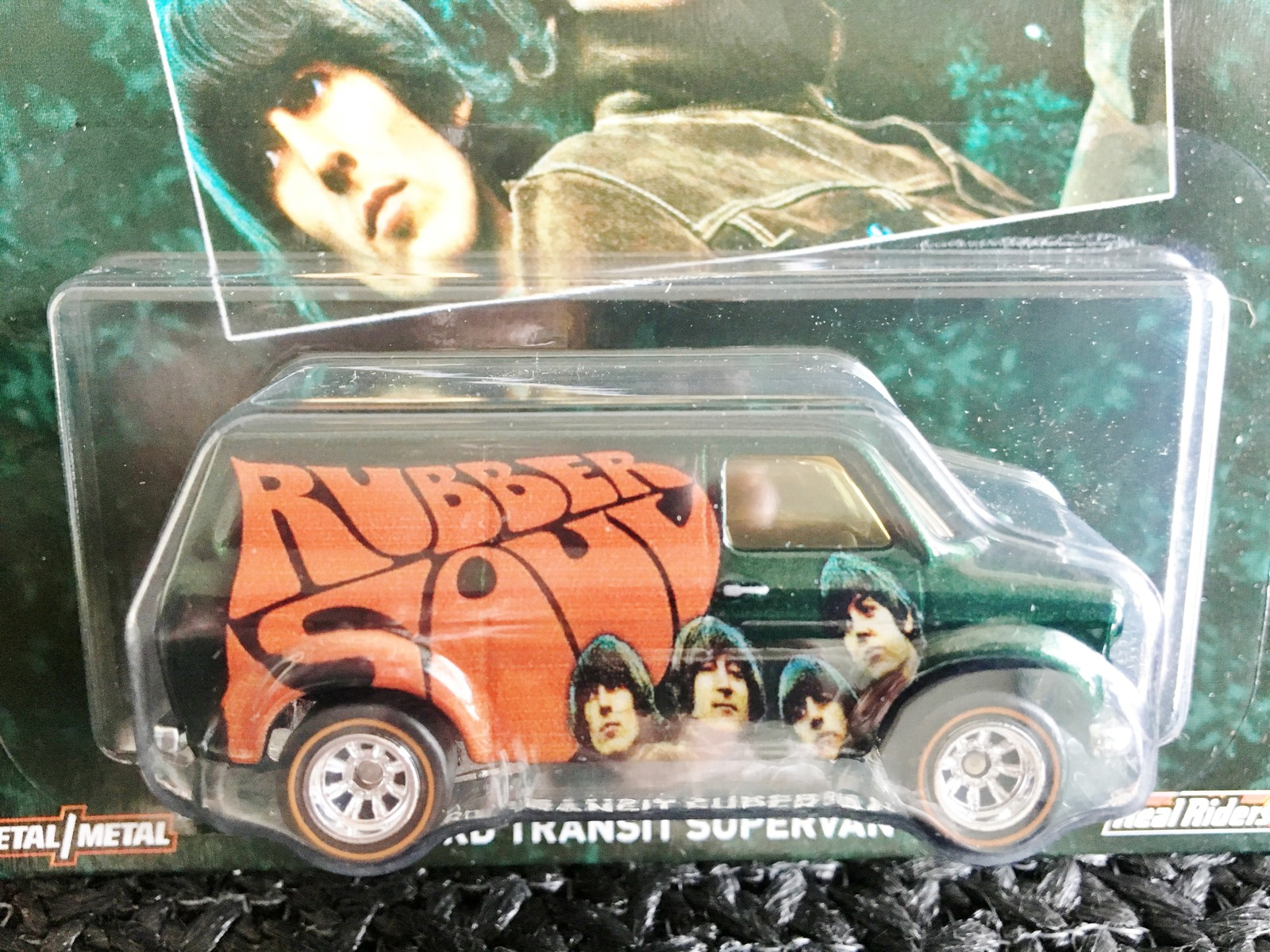 Hot Wheels The Beatles ALBUM RUBBER SOUL FORD TRANSIT SUPERVAN Metal RealRider