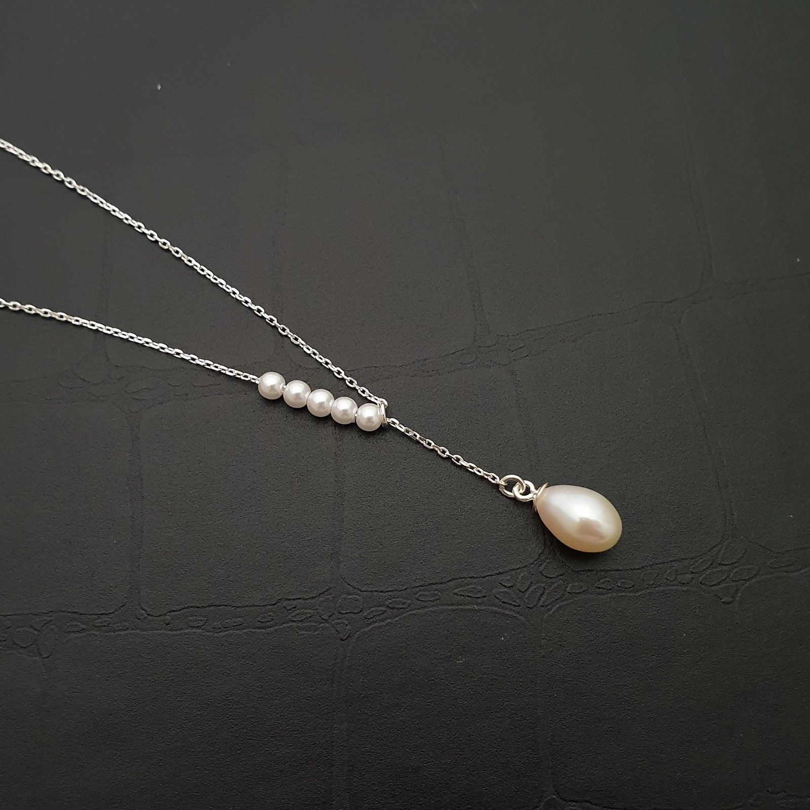 Oval Fresh Water Pearl  Movement Pendant Choker Necklace 925 Sterling Silver