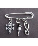 Registered Nurse Safety Pin Brooch, Nurse gift Jewelry, Registered Nurse... - $9.60