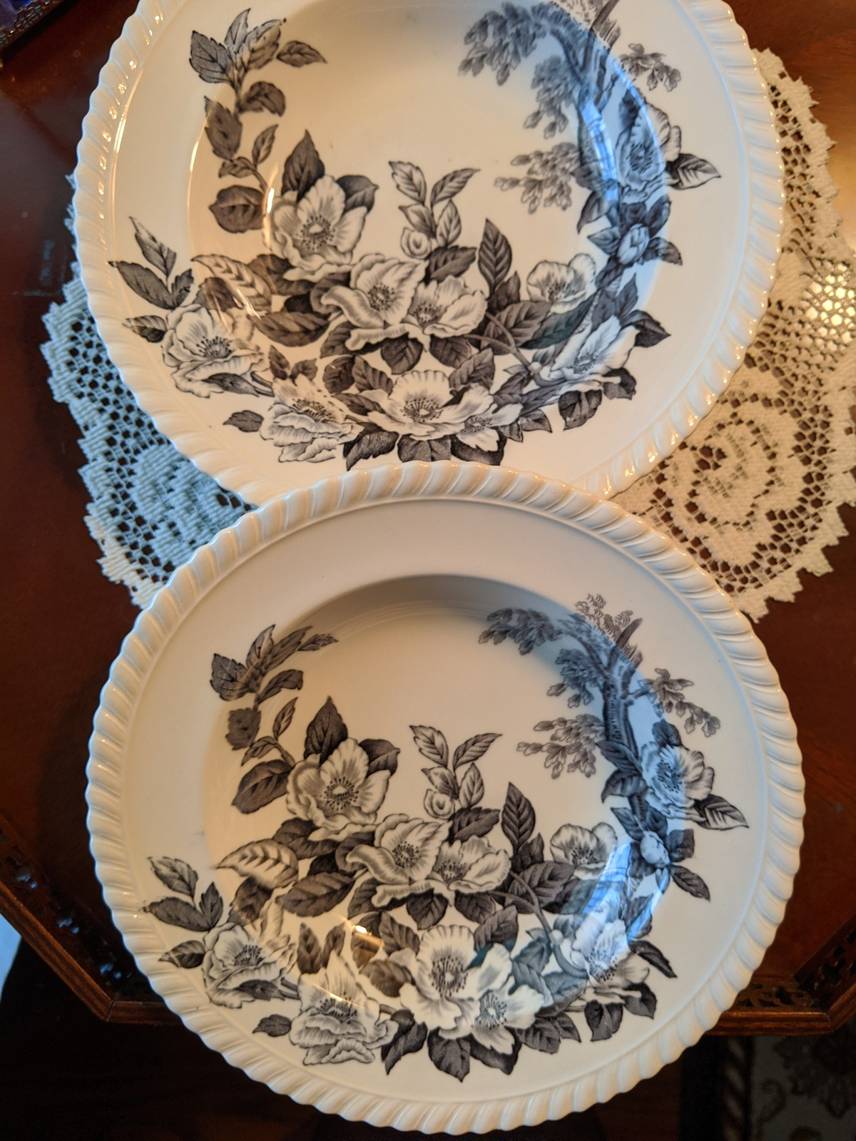 Primary image for Johnson Bros. Windsor Ware Appleblossom Black/Cream Rimmed Soup Plates 6