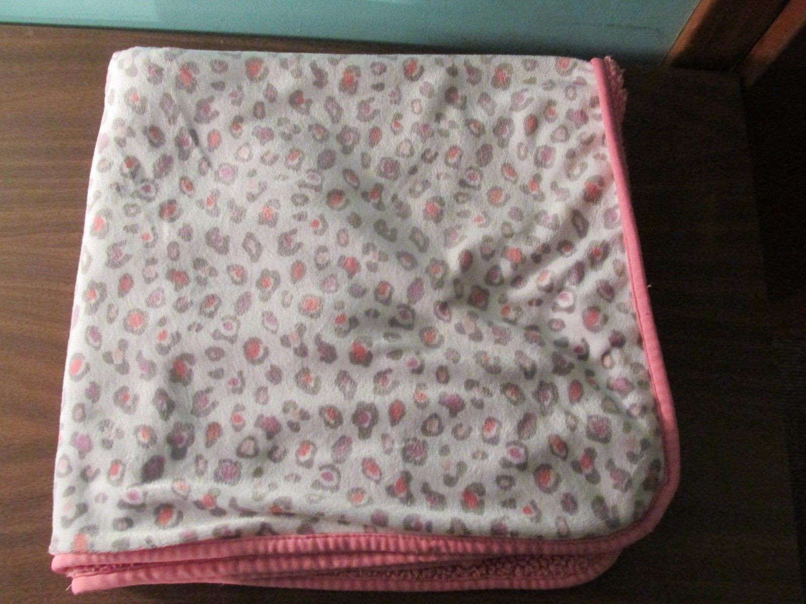 Kohls Pink Gray Leopard Cheetah Baby Blanket Animal Print
