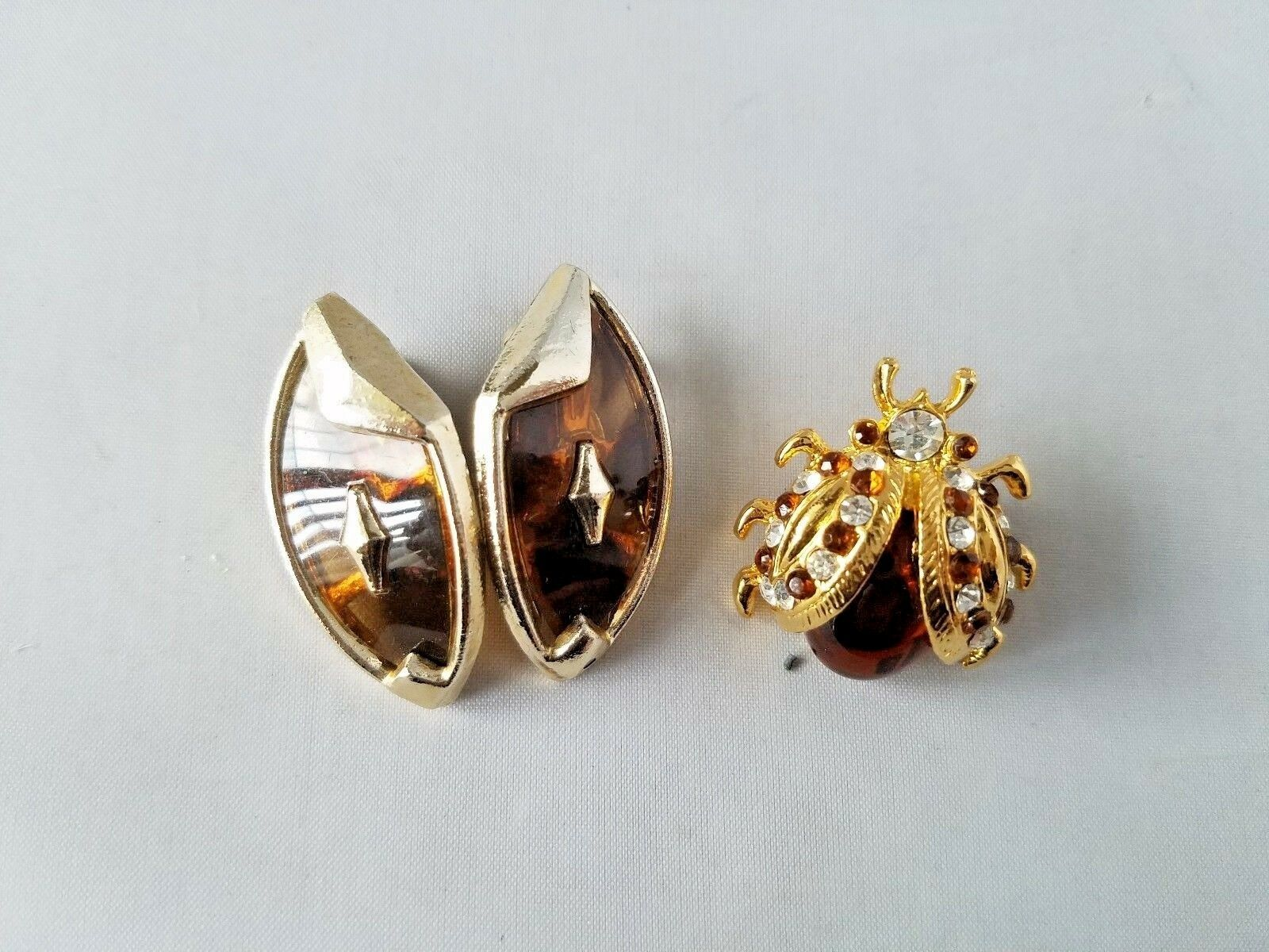 Vintage Fashion Jewelry Set Amber Stone Gold Tone Earrings & Brooch Coat Pin