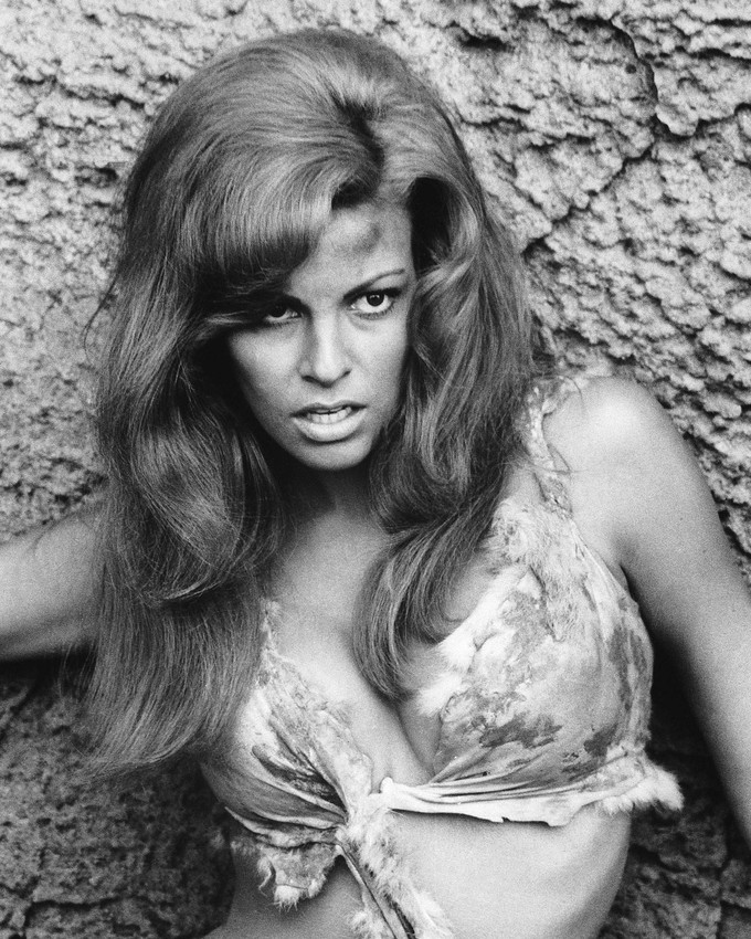 Primary image for One Million Years B.C. Raquel Welch 16x20 Canvas Print B/W Iconic portrait