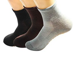 PANDA SUPERSTORE 3 Pairs Adult Non-Skid Socks for Yoga Pilates Ballet Mens and W