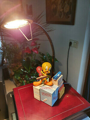 Primary image for Extremely Rare! WB Looney Tunes Tweety Avenue of the Stars Figurine Lamp Statue