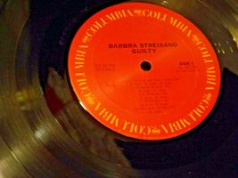Guilty Record Barbra Streisand ‎– Barry Gibb AA-191751  Vintage Collectible image 5
