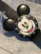 Rare Mickey Mouse Lorus by Seiko Kid's Watch V821-0288 - $25.00