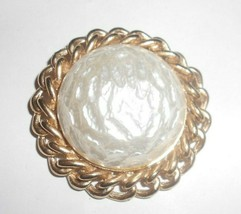 vintage sarah coventry 2 inch brooch in nice shape new - $15.83