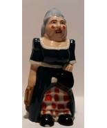 WADE PANTOMIME DAME Vtg 1997 Collectors Membership Piece Porcelain Figur... - $19.79